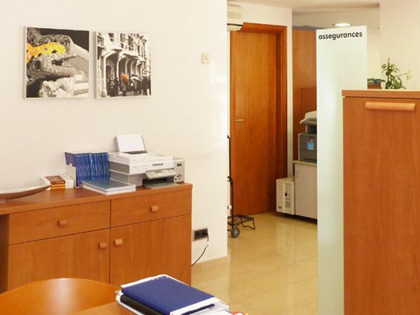 Asesor a laboral fiscal y contable eliseu colilla sanchez colsan assessors contabilidad y - Reale seguros oficinas ...